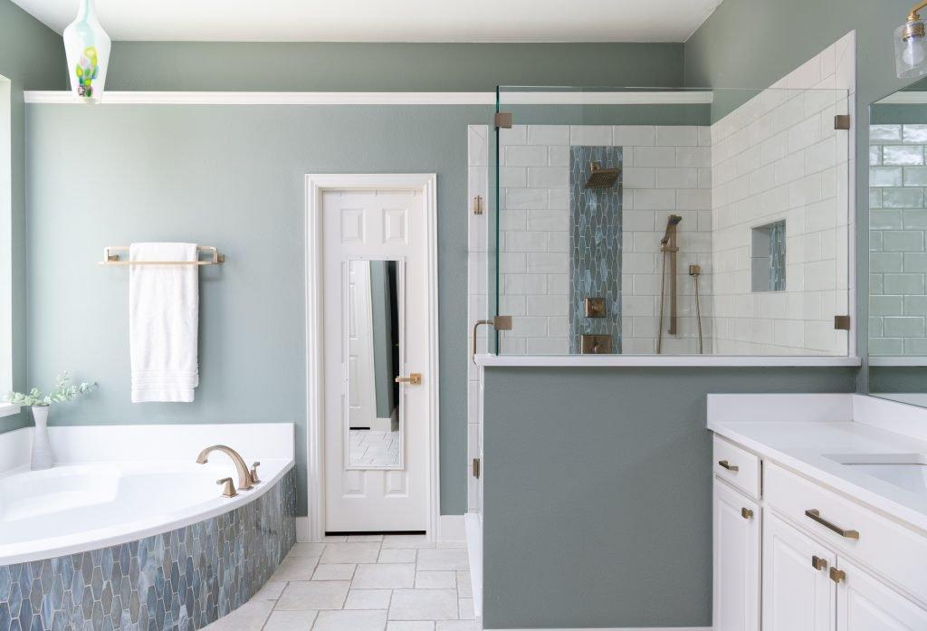 texas master bathroom design